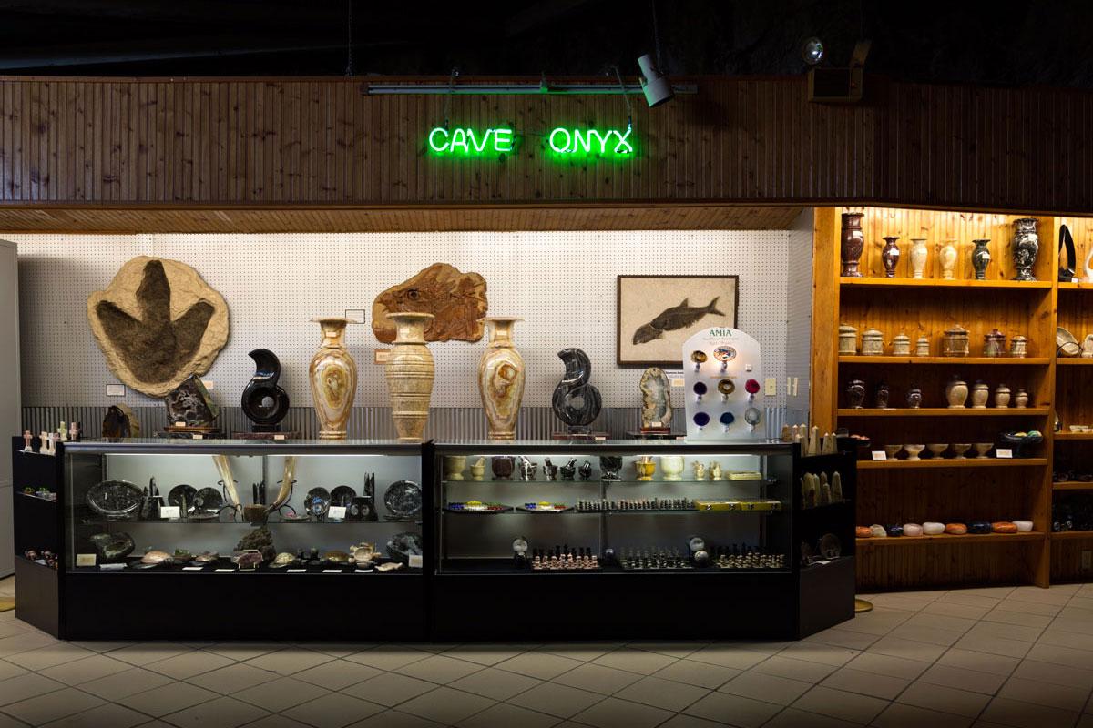 Chelsea_Darter_11_Meramec-Caverns,-Stanton,-MO