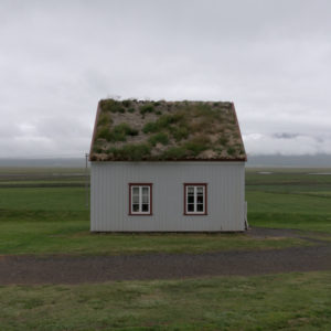 A dialogue with nature: Irene Tondelli and the Icelandic landscapes