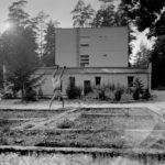 A no address place: Kamil Sleszynski and the hidden addiction centre
