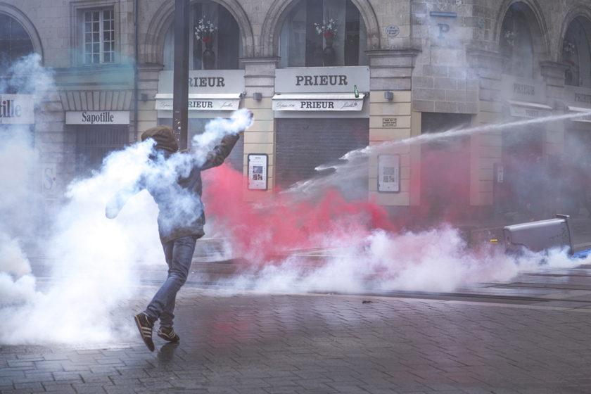 I'm A Rioter / Je Suis Casseur