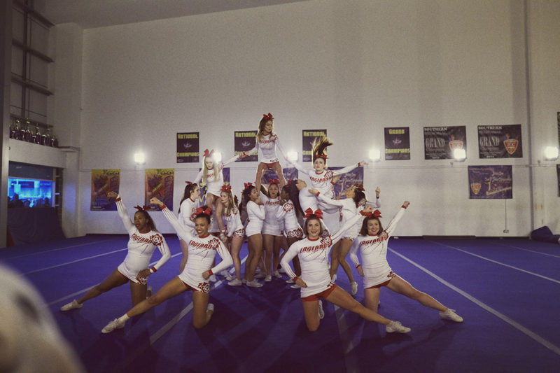 Leo CHEERLEADING 06