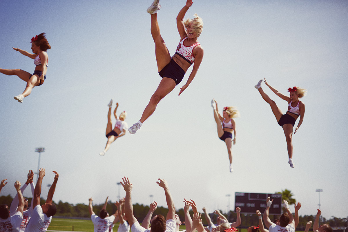 Leo CHEERLEADING COVER
