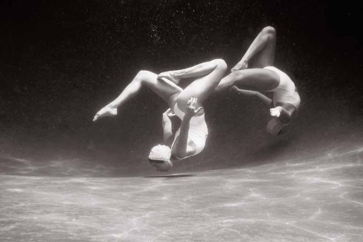 The Swimmers Le Nuotatrici Sincronizzate Di Emma Hartvig Collater.al 6