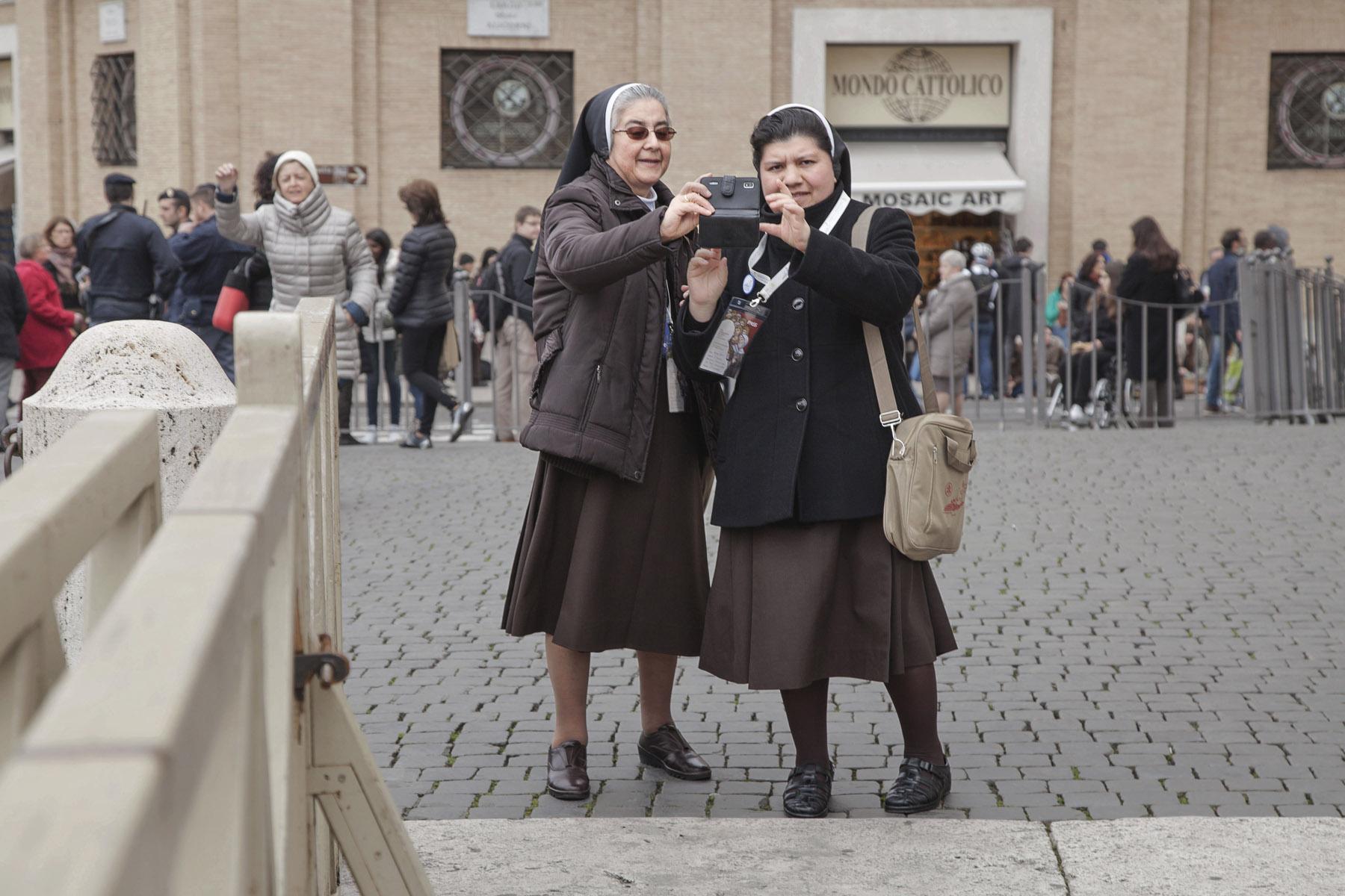 Chiara Spaghetti Kurtovic Popes Two 17