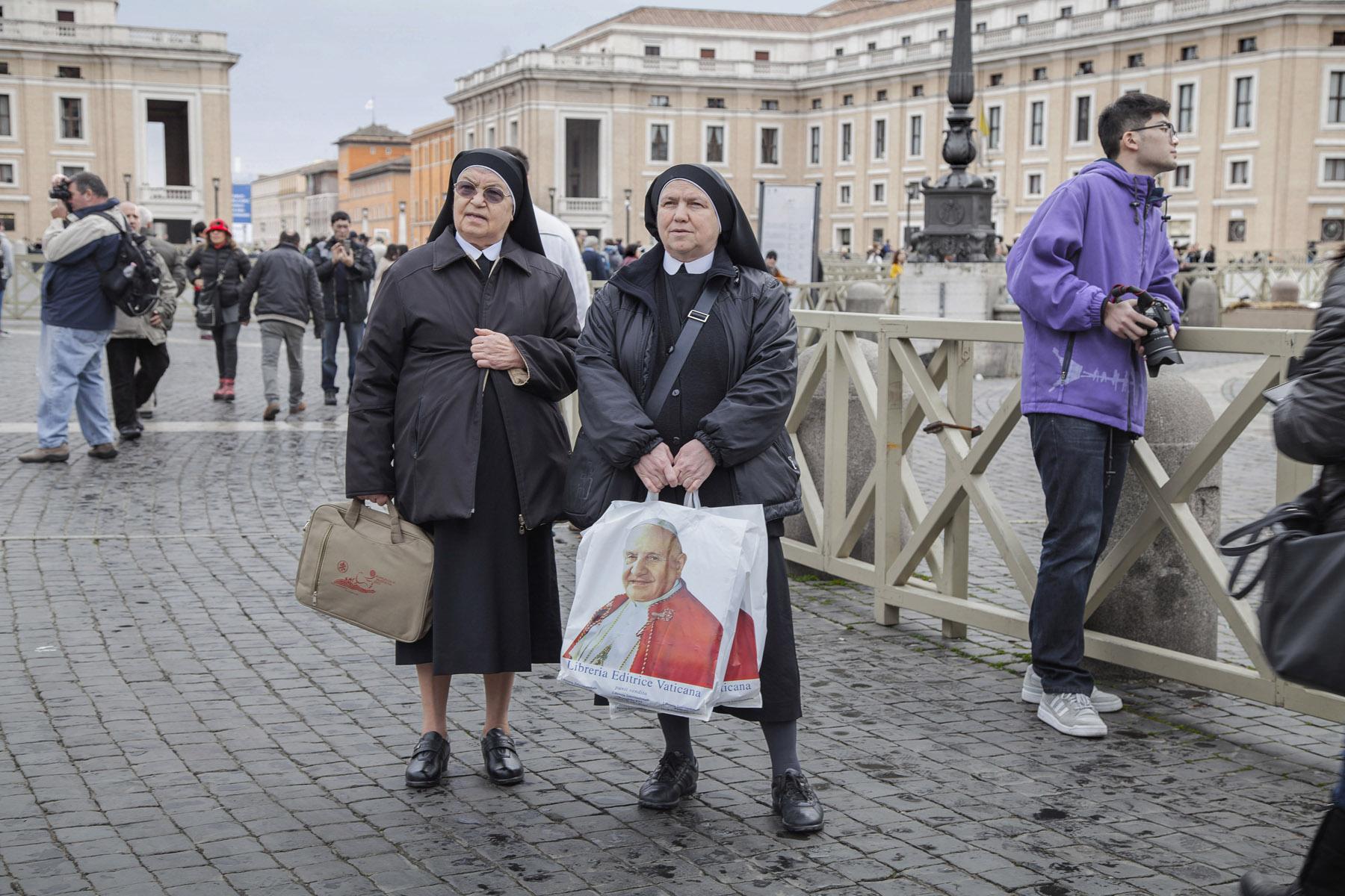 Chiara Spaghetti Kurtovic Popes Two 25