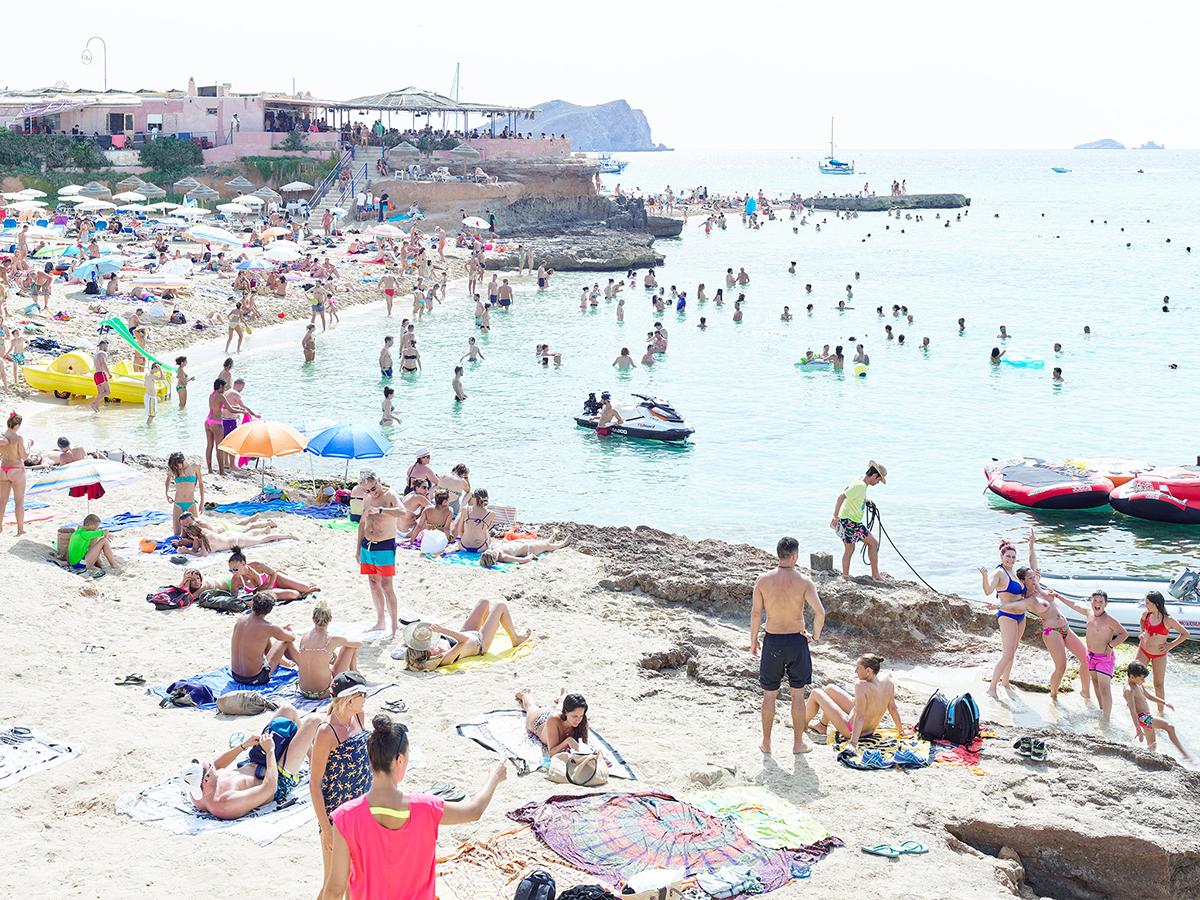 Massimo Vitali Beach Series 11