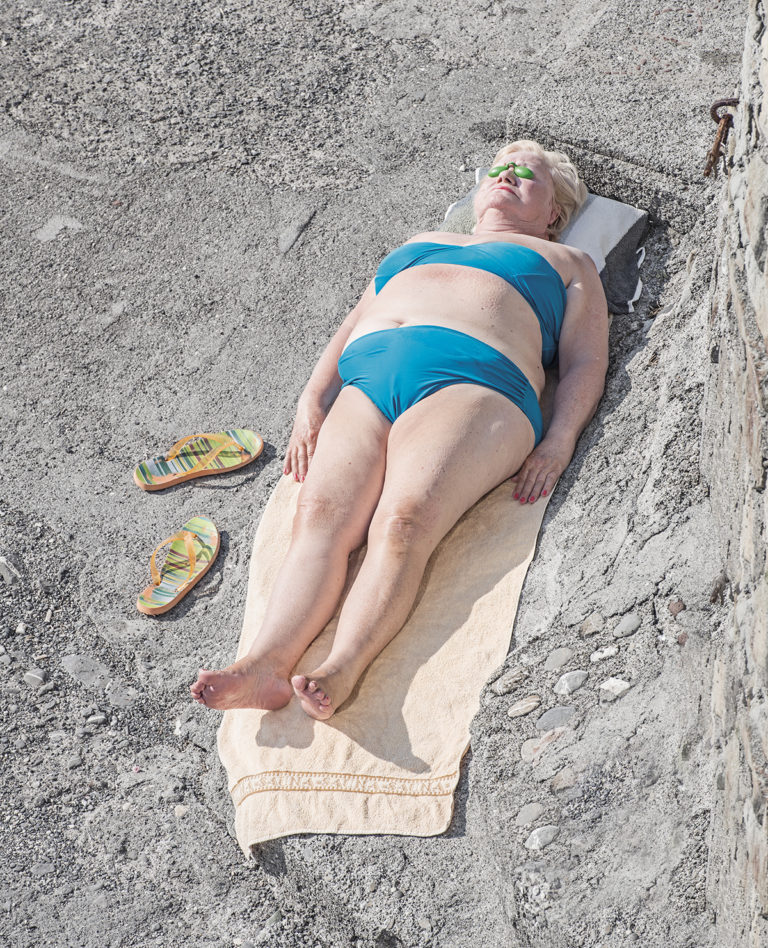 Niels Schubert uncovers the spontaneous microcosm of Genova beaches