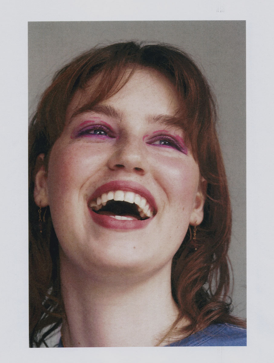 Jackson Bowley Aura Of The Distant C41 Magazine Bellissimo Issue 7 Molly H005 Small