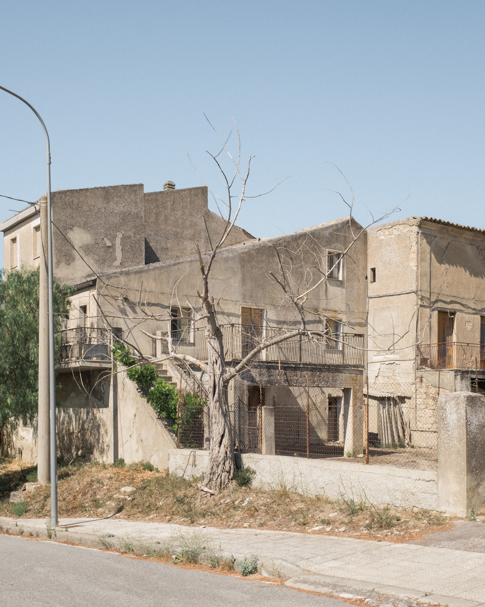 Andrea Camiolo This Must Be The Place C41magazine Photography 10