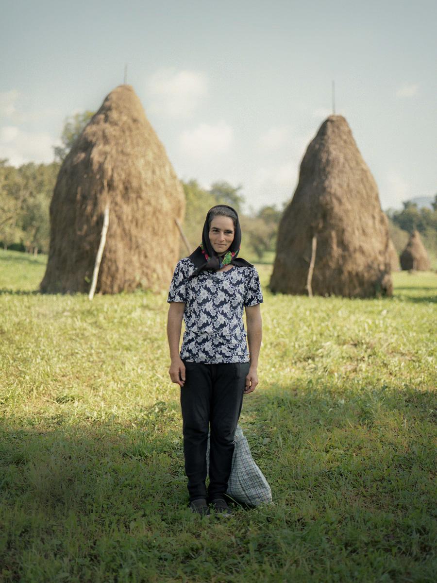 Ben Amando Luncă, Luncă C41magazine Photography 10