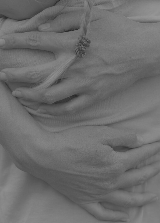Erli Grünzweil enhances the overwhelming power of a simple hug