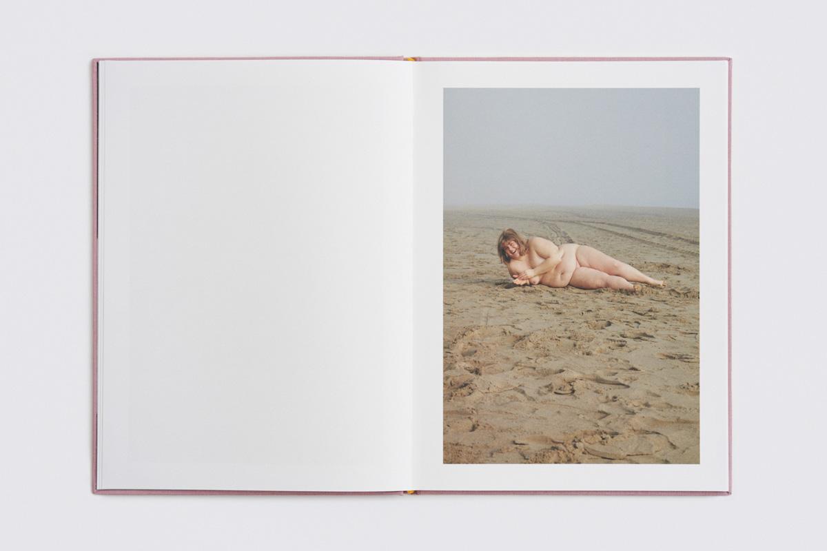 Dario Salamone Sara Book 09