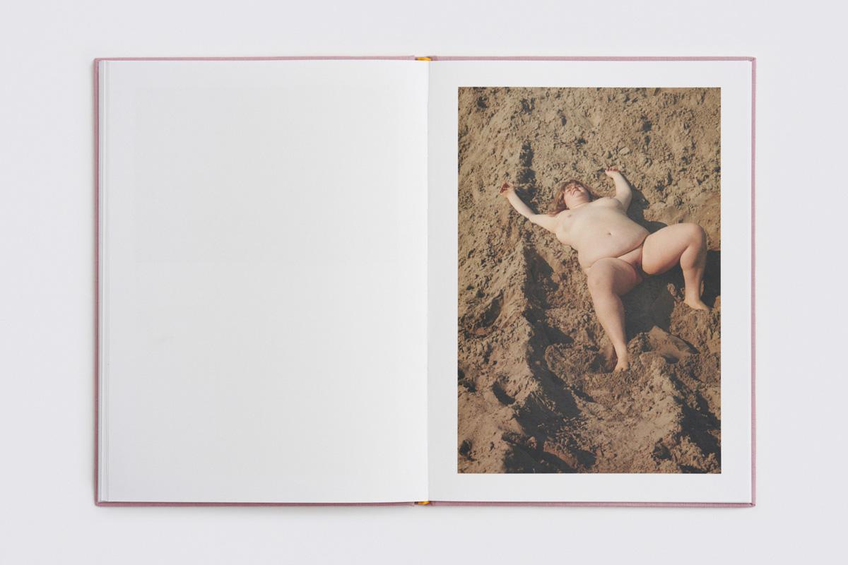 Dario Salamone Sara Book 22